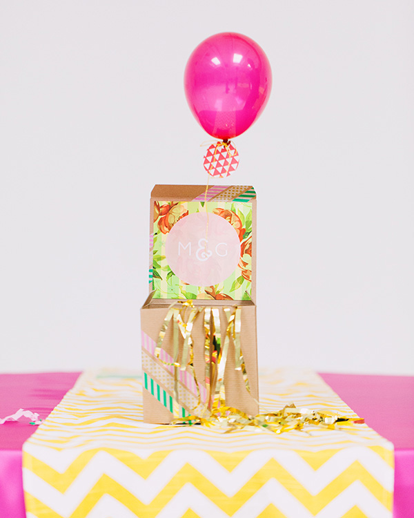 tiny balloon wedding invitation