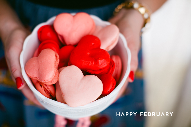 Heart-Shaped-Macarons-Pink