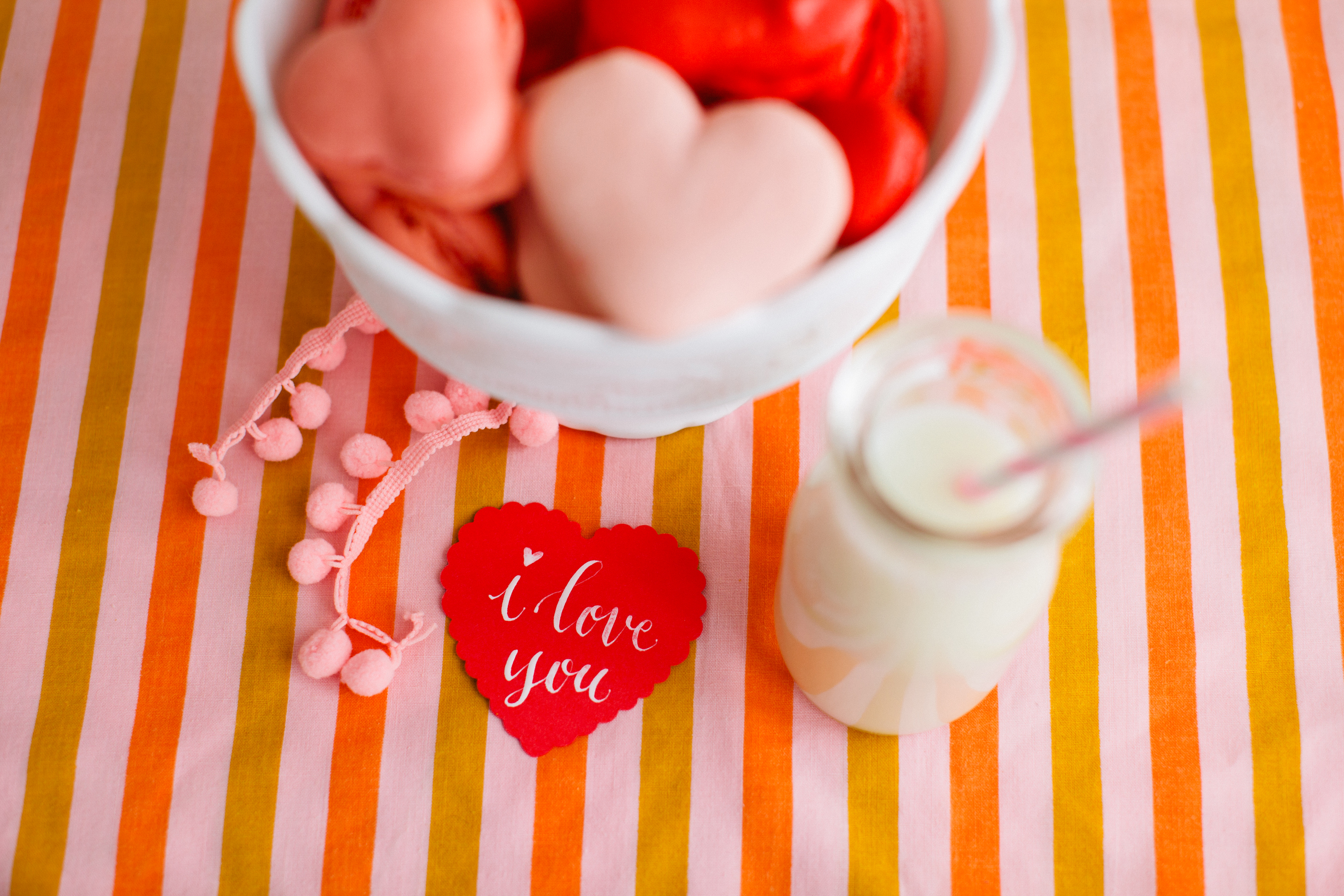 Heart-Shaped-Macarons