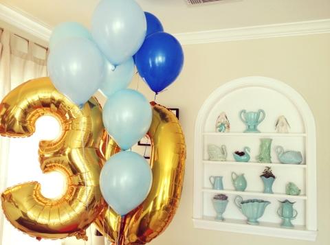 Travs-30th-balloons